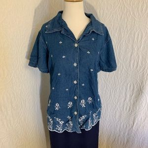 Basic Edition Plus Blouse with Flowers 18